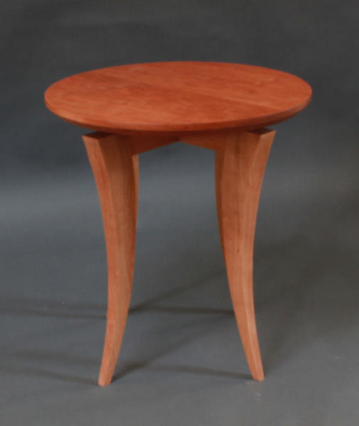 OCCASSIONAL TABLE